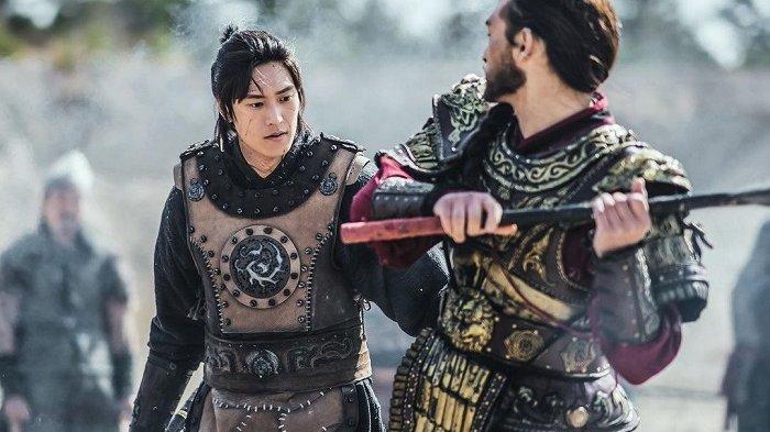 Aktor Na In Woo yang berperan sebagai On Dal sedang bersiap menghadapi pertempuran besar dalam drama Korea River Where the Moon Rises.