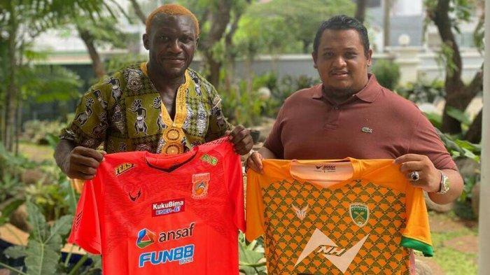 Nabil Husein Presiden Klub Borneo FC Kerjasama Dengan Herman Dzumafo Pemilik Pekanbaru United