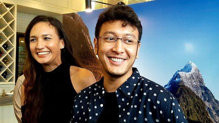 Nadine Chandrawinata dan Dimas Anggara di Wyl's Kitchen Veranda Hotel, Kebayoran Baru, Jakarta Selatan, Selasa (13/11/2018).