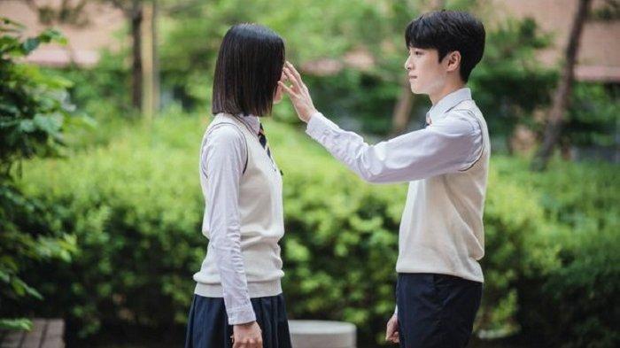 Akting Nam Da Reum dan Kim Sae Ron dalam drama Korea terbaru berjudul The Great Shaman Go Daa Shim.