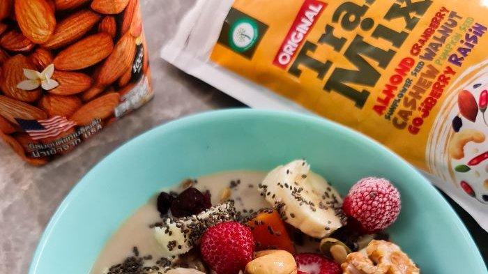 Di bulan puasa ini Namaste menyediakan produk spesial yaitu Sahoor dan Trail Mix with Medjool. Kedua menu bisa jadi pilihan, baik untuk buka puasa maupun sahur karena tinggi serat dan mengandung kurma medjool yang identik dengan makanan di bulan Ramadan.