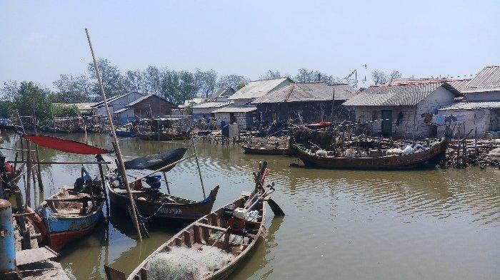 UPDATE Muara Gembong Bekasi Tidak Ada SPBU, Nelayan Terpaksa Beli Eceran Harga Lebih Mahal