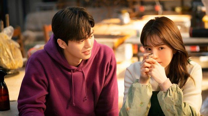 Song Kang dan Han So Hee dalam drama Korea terbaru berjudul Nevertheless.