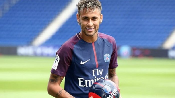 Neymar Gaet Model AS Sebagai Kekasih ke-23