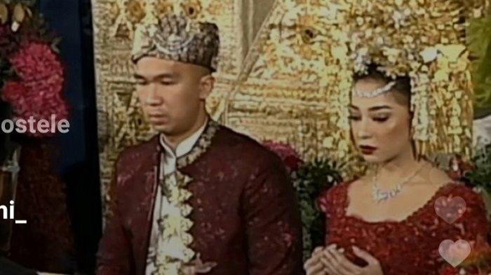 Potongan gambar dari live instagram saat pernikahan Nikita Willy dan Indra Priawan yang digelar di Perumahan Jatiwaringin Permai, Jatiwaringin, Jakarta Timur, Jumat (16/10/2020).