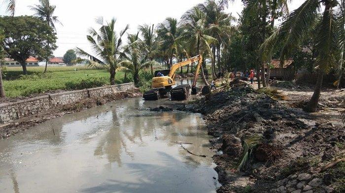 Pemkab Tangerang Lakukan Normalisasi Sungai dan Bangun Saluran Air Atasi Banjir