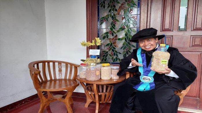 Raih Profesor Riset, Nur Mahmudi Sebut Sorgum Sebagai Pengganti Nasi Kaya Gizi dan Rendah Gula