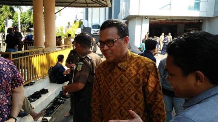 OTT KPK Gubernur Sulsel Nurdin Abdullah Dibawa ke Jakarta dengan Barang Bukti Rp 1 Milyar