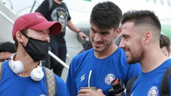 Jelang Bergulir Kembali Kompetisi Liga 1 2020 Arema FC Ditinggal Elias Alderete dan Matias Malvino