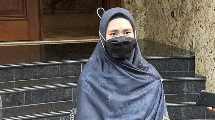 Oki Setiana Dewi ditemui Warta Kota di Kedutaan Besar Palestina