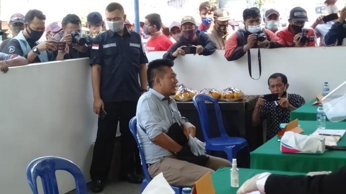 Operasi yustisi 3 pilar Kota Bekasi dengan Kejati dan PN Kota Bekasi di Terminal Induk Bekasi, Jawa Barat, Kamis (17/9/2020).