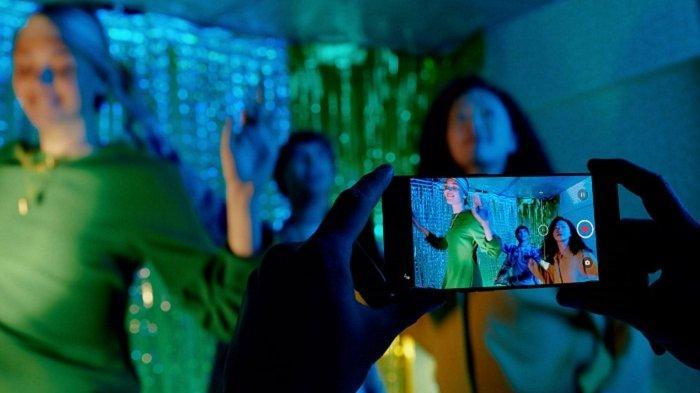 Ini Kecanggihan AI Highlight Pertama di Jaringan 5G untuk Portrait Video Oppo Reno6 Series 5G