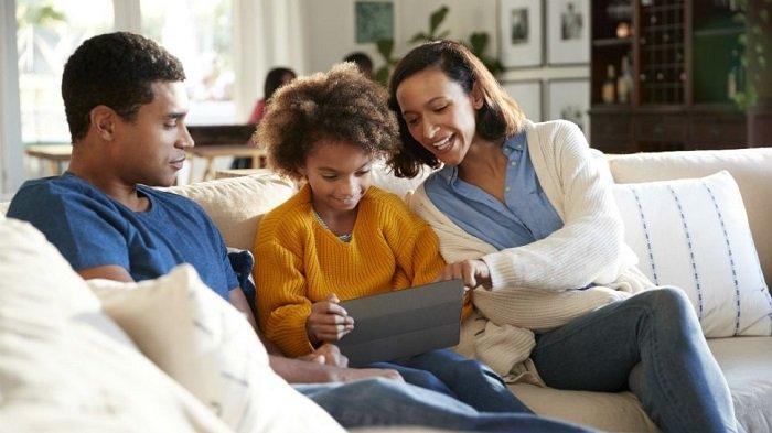 Apakah Anda Termasuk Toxic Parenting? Kenali Cirinya