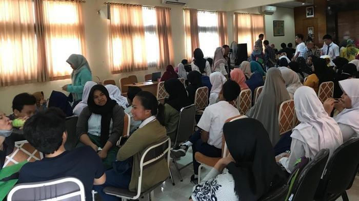 VIDEO: PPDB SMAN 1 Tangerang Selatan, Orangtua Khawatir Hanya Dapat Satu Pilihan Sekolah