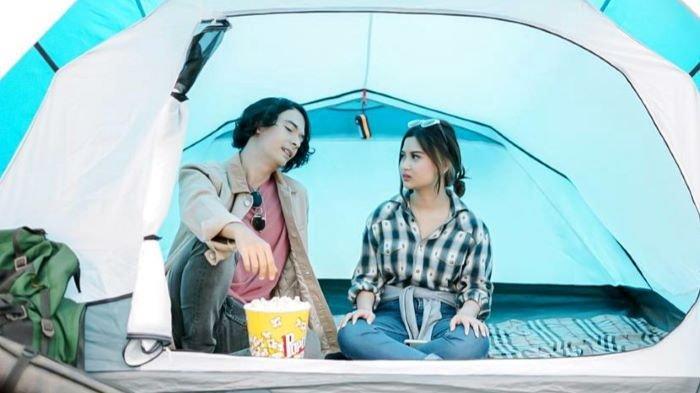 Platform digital Vision+ menghadirkan original series baru berjudul Disconnected yang dibintangi Lionil Hendrik, Okka Pratama dan Jovana mulai Sabtu (18/9/2021) ini. Bagaimana ceritanya?