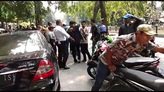 Ketua Investigasi Ormas Bantah Ada Anggotanya di dalam Mobil yang Ditarik Paksa Debt Collector