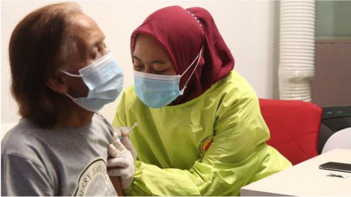 OT Group Gelar Kampanye Rahmat Selama Ramadan, Mulai Bagi Takjil hingga Vaksin Covid-19 Untuk Lansia