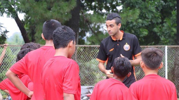 Otavio Dutra Belajar Sabar di Persija Soccer School