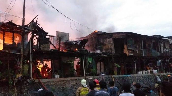 UPDATE Kebakaran Menteng Dalam Tebet Jakarta Selatan, 150 Warga Mengungsi ke Kelurahan dan RPTRA
