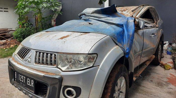 Mobil Pajero Ringsek Tertimpa Pohon Tumbang, Sudarto Minta Tanggung Jawab Pemkot Depok dan Jabar