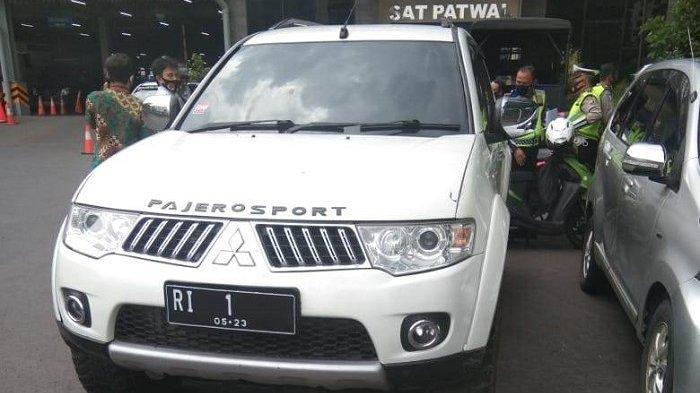 Pakai Pelat Palsu RI 1, Aksi Pengemudi Pajero Sport Mau Protes Jokowi Digagalkan Provos Mabes Polri