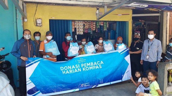 Yayasan DKK Kompas Salurkan 950 Paket Bantuan Bagi Warga Terdampak Pandemi di Jateng dan DIY
