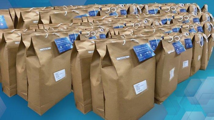 Kompas Gramedia & Bravo5 Salurkan 81 Donasi Paket Belajar untuk Putra-putri Korban KRI Nanggala-402