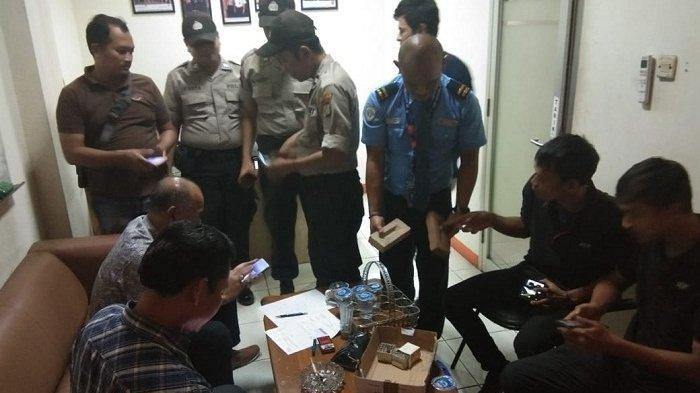 Senjata Api Rakitan dan Puluhan Butir Peluru Dalam Paket Ditemukan di Bandara Soekarno-Hatta
