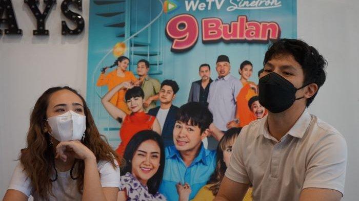 Pamela Bowie dan Fero Walandouw di kantor WeTV, Jalan MH Thamrin, Jakarta Pusat, Rabu (2/6/2021).