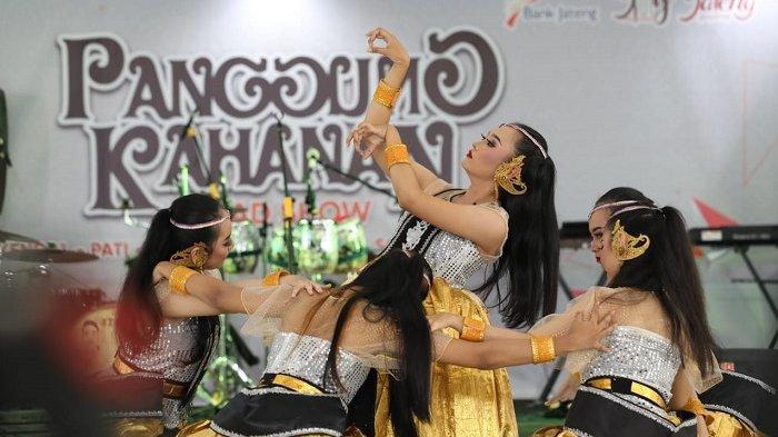 Diawali di Kabupaten Kendal pada Rabu (21/4/2021), Panggung Kahanan yang diinisiasi Gubernur Jateng Ganjar Pranowo kembali hadir dan roadshow di enam kabupaten/kota, antara lain Kendal, Pati, Kota Magelang, Cilacap, Kota Solo, dan Kota Pekalongan.