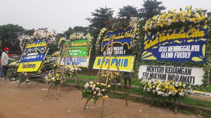 VIDEO: Suasana di Lokasi Kuburan Glenn Fredly di Blok AA1 Blad 164 TPU Tanah Kusir