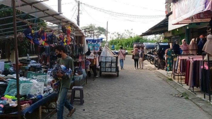 Cuma Jualan Dua Jam Selama PPKM, Pedagang Pasar Malam Tangerang Menjerit Omzet Turun 80 Persen