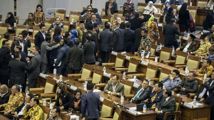 Nasdem dan Gokar Kini Tolak Revisi UU Pemilu, Benarkah Ada Insentif Parpol Pendukung Pilkada 2024?