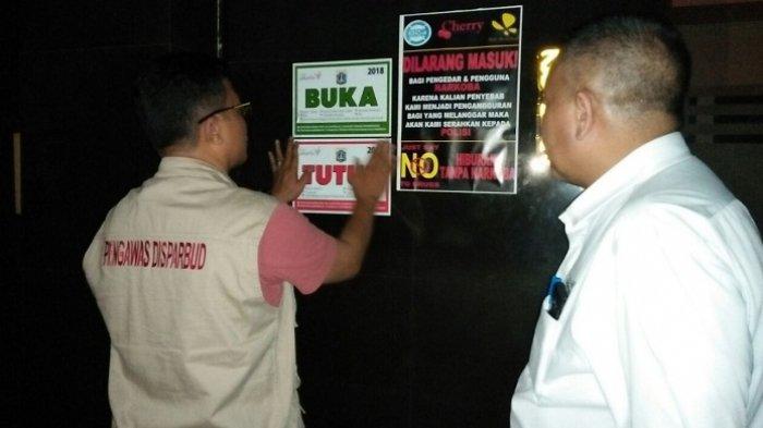 Ingatkan Jam Operasional Ramadan, Disparbud Tempel Stiker di Tempat Hiburan