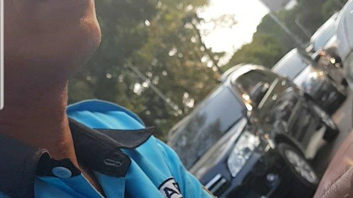 Petugas Parkir Berseragam Dishub Paksa Pengedara Bayar Rp 20000 Tanpa Karcis di Pameran Flona