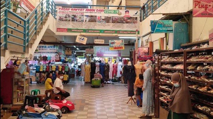 Pedagang Non Esensial di Pasar Koja Baru Senang Bisa Kembali Berjualan