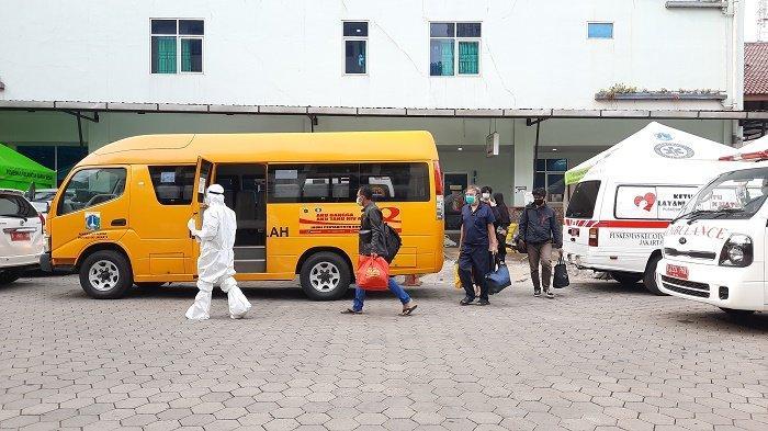Takut Jadi Gunjingan, Pasien Covid-19 Memilih Dijemput Bus Sekolah