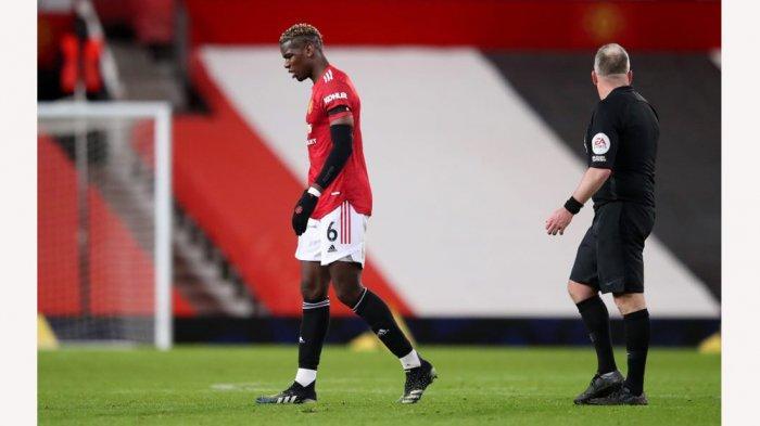 Paul Pogba terpaksa harus keluar lapangan saat laga melawan Everton yang berakhir imbang 3-3. Ia diprediksi absen di Piala FA pagi nanti
