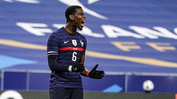 Gelandang Manchester United, Paul Pogba marah dengan berita bohong yang mengatakan dirinya mundur dari Timnas Prancis