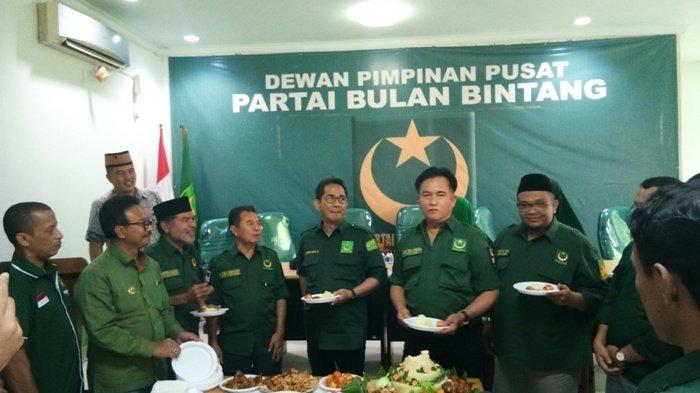 Sekjen PBB Bantah Dibilang Pengkhianat karena Belum Pernah Deklarasi Dukung Prabowo