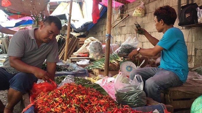 Harga Bawang Rp 35.000 per Kg, Cabai Rawit Sentuh Rp 80.000 per Kg, untuk Harga Ayam Potong Normal