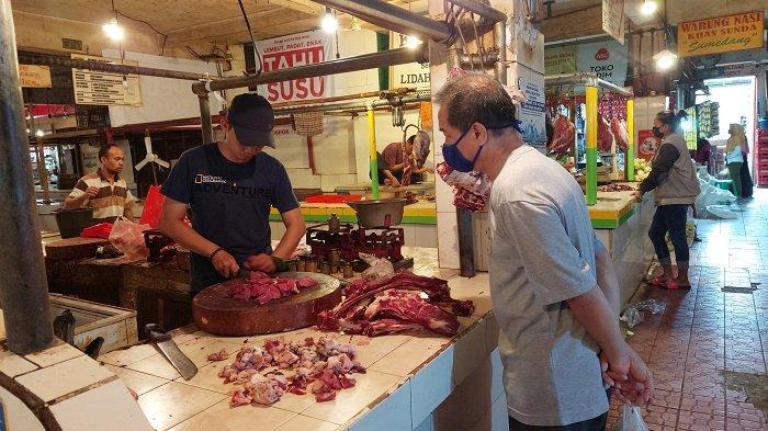 Harga Daging Sapi dan Ayam di Kota Depok Naik, Permintaan Masih Stabil, Ibu-ibu Tetap Beli