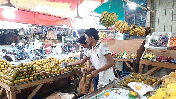 Pedagang Pasar Baru Bekasi Kaget Mendengar Rencana Pengenaan PPn Komoditas Sembako