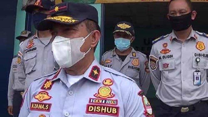 Hadang Warga Mudik dari Terminal Kalijaya Cikarang Dishub Gandeng Polri-TNI Bangun Posko Pemantauan
