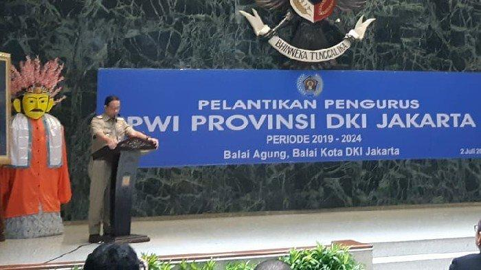 Buka Pelantikan Pengurus Baru PWI Jaya, Anies Harap Media Bangun Trust di Republik