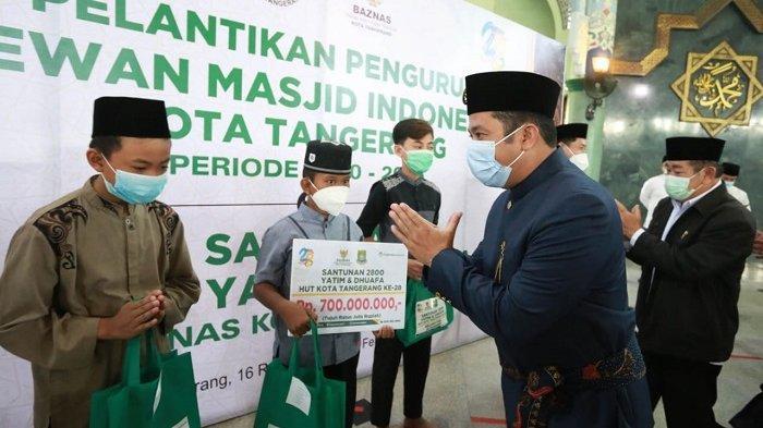 Hadiri Pelantikan DMI, Wali Kota Tangerang Minta Pengurus Masjid Ikut Program Vaksinasi Covid-19