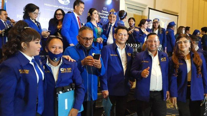 Persatuan Artis Film Indonesia (PARFI) menggelar acara pelantikan pengurus baru periode 2020 – 2025, pimpinan artis senior Alicia Djohar.