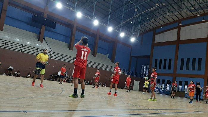 Suasana latihan tim bola tangan putri DKI Jakarta persiapan menghadapi PON Papua XX bulan Oktober mendatang