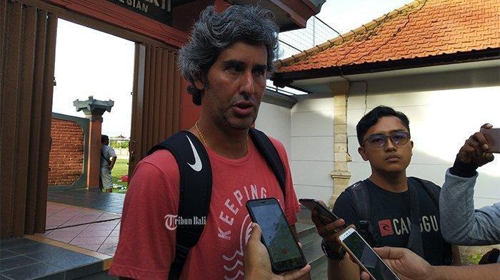 Pelatih Bali United Stefano Cugurra Teco Maklum Skuadnya Kalah dari Timnas Indonesia U-23
