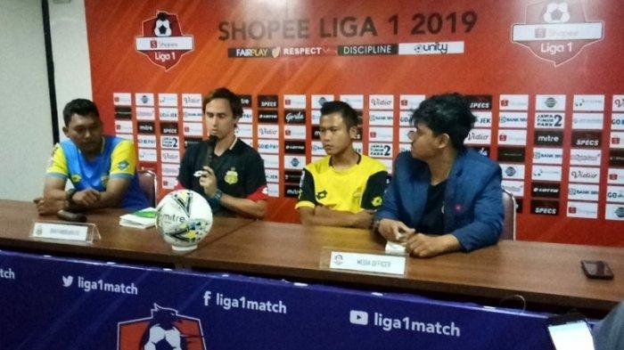 Duel Bhayangkara FC Vs Persib: Paul Munster Waspadai Ketangguhan Lini Depan Maung Bandung